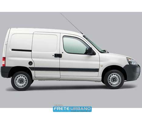 Peugeot ressalta furgão Partner para vários tipos de negócios
