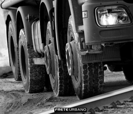 Como evitar algumas avarias mais comuns nos pneus de carga