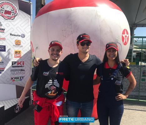 Revendedores Texaco competem de Kart com Nelsinho Piquet