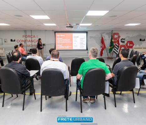Cummins Brasil realiza o primeiro Fly-in Distribuidores