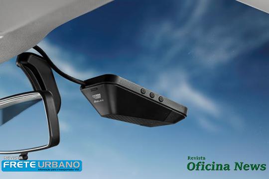 Câmera instalada no para-brisas do veículo pode evitar acidentes