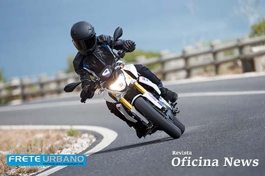Petronas orienta sobre segurança e desempenho de motocicletas