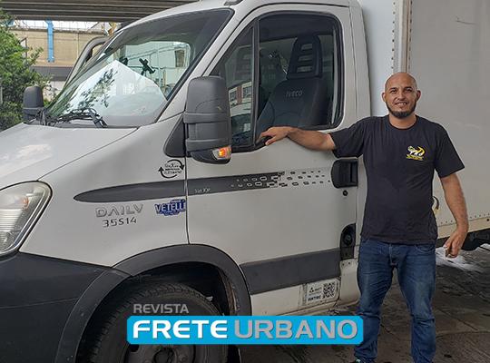 Frete a frete: motoristas do transporte de cargas urbano