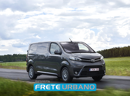 Toyota Proace: furgão de médio porte e alta expectativa