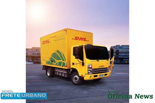 DHL investe em distribuição de itens médicos e abastecimento