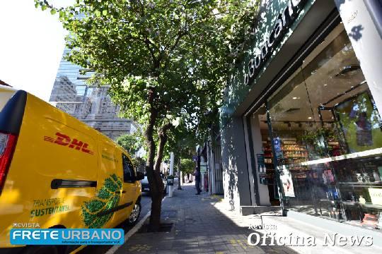 DHL e Grupo Boticário fazem parceria visando distribuição sustentável